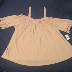 Flowy off the shoulder mauve blouse 2X NWT Justify